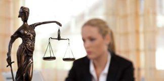 Prawo pracy kiedy skorzystać z pomocy prawnika?